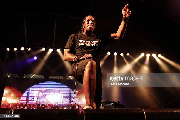 Singer Derrick Green of Sepultura performs on stage during a concert in the Rock in Rio Festival on September 25 2011 in Rio de Janeiro Brazil Rock...