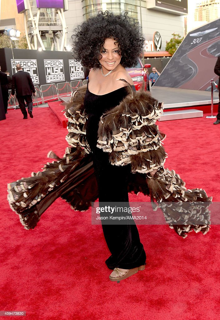 Singer <a gi-track='captionPersonalityLinkClicked' href=/galleries/search?phrase=Diana+Ross&family=editorial&specificpeople=202836 ng-click='$event.stopPropagation()'>Diana Ross</a> attends the 2014 American Music Award at Nokia Theatre L.A. Live on November 23, 2014 in Los Angeles, California.
