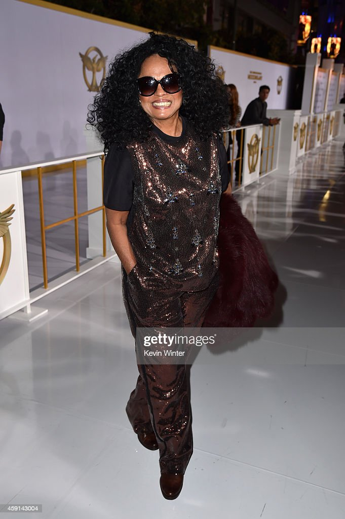 Singer <a gi-track='captionPersonalityLinkClicked' href=/galleries/search?phrase=Diana+Ross&family=editorial&specificpeople=202836 ng-click='$event.stopPropagation()'>Diana Ross</a> attends the premiere of Lionsgate's 'The Hunger Games: Mockingjay - Part 1' at Nokia Theatre L.A. Live on November 17, 2014 in Los Angeles, California.