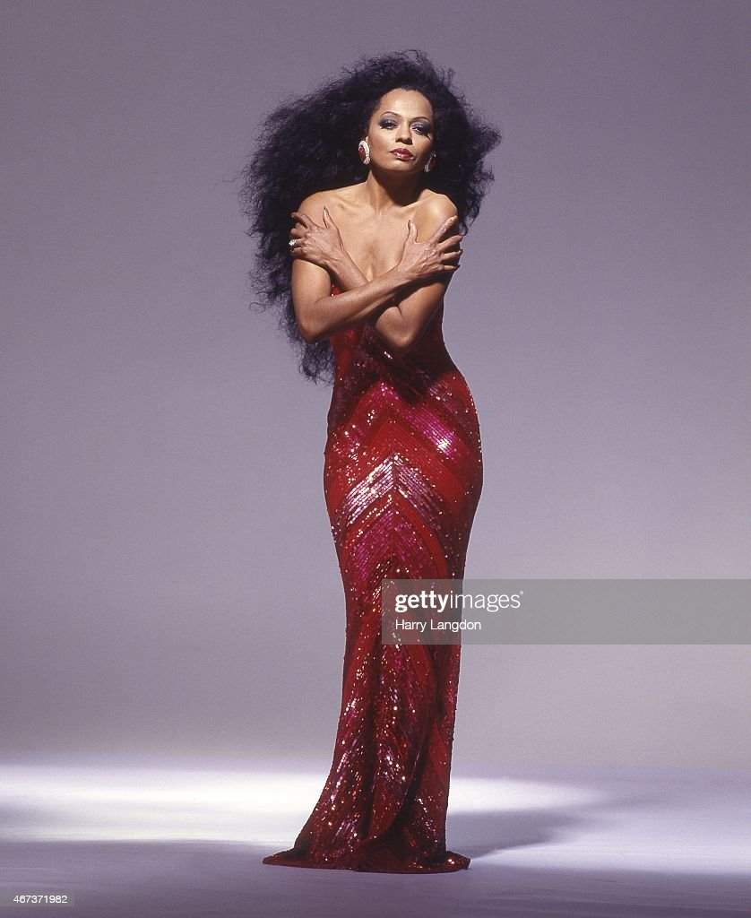 Singer Diana Ross poses for a portrait in 1987 in Los Angeles, California.