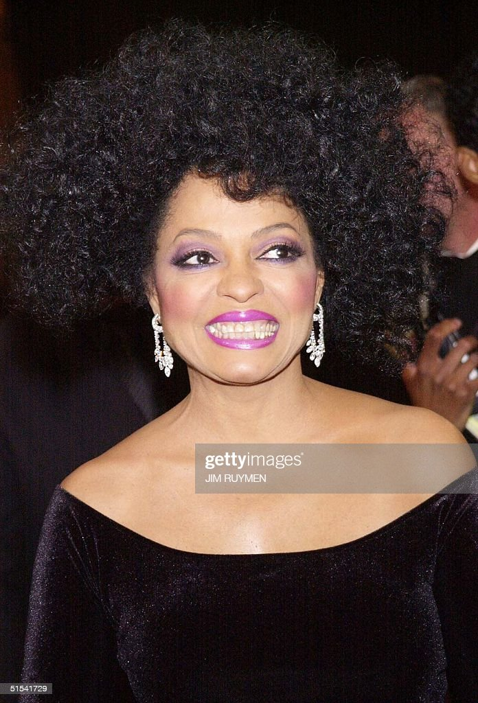 Singer Diana Ross, who hosted the 31st NAACP Image Awards, arrives 12 February 2000 at the Pasadena Civic Auditorium in Pasadena, Ca. The primetime telecast will air in April on FOX. (ELECTRONIC IMAGE) AFP PHOTO Jim RUYMEN/jr