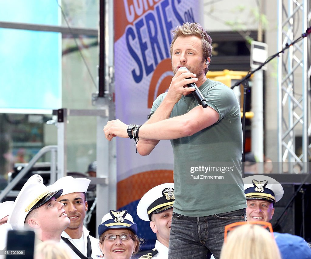 Singer <a gi-track='captionPersonalityLinkClicked' href=/galleries/search?phrase=Dierks+Bentley&family=editorial&specificpeople=243007 ng-click='$event.stopPropagation()'>Dierks Bentley</a> performs at <a gi-track='captionPersonalityLinkClicked' href=/galleries/search?phrase=Dierks+Bentley&family=editorial&specificpeople=243007 ng-click='$event.stopPropagation()'>Dierks Bentley</a> Performs On NBC's 'Today' Rockefeller Plaza on May 27, 2016 in New York City.
