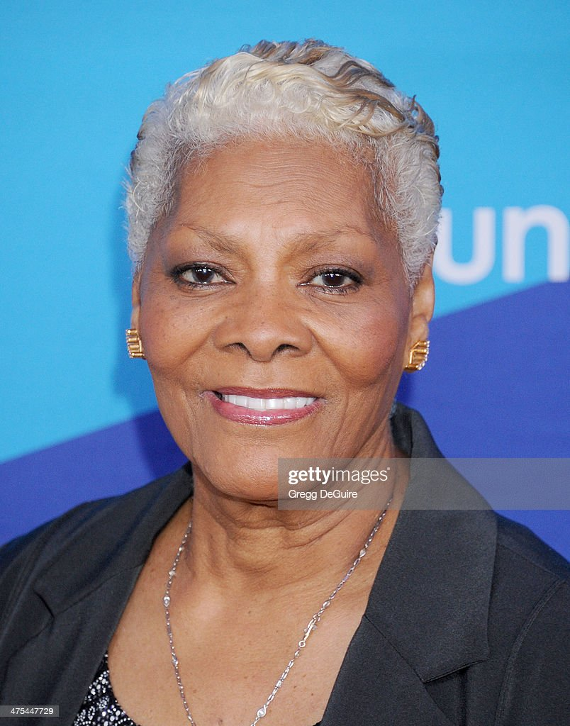 Singer <a gi-track='captionPersonalityLinkClicked' href=/galleries/search?phrase=Dionne+Warwick&family=editorial&specificpeople=213111 ng-click='$event.stopPropagation()'>Dionne Warwick</a> arrives at the 1st Annual Unite4:humanity event hosted by Unite4good and Variety at Sony Studios on February 27, 2014 in Los Angeles, California.