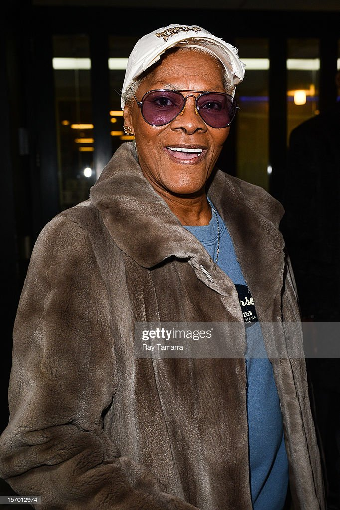 Singer <a gi-track='captionPersonalityLinkClicked' href=/galleries/search?phrase=Dionne+Warwick&family=editorial&specificpeople=213111 ng-click='$event.stopPropagation()'>Dionne Warwick</a> leaves the 'Good Day New York' taping at Fox 5 Studios on November 27, 2012 in New York City.
