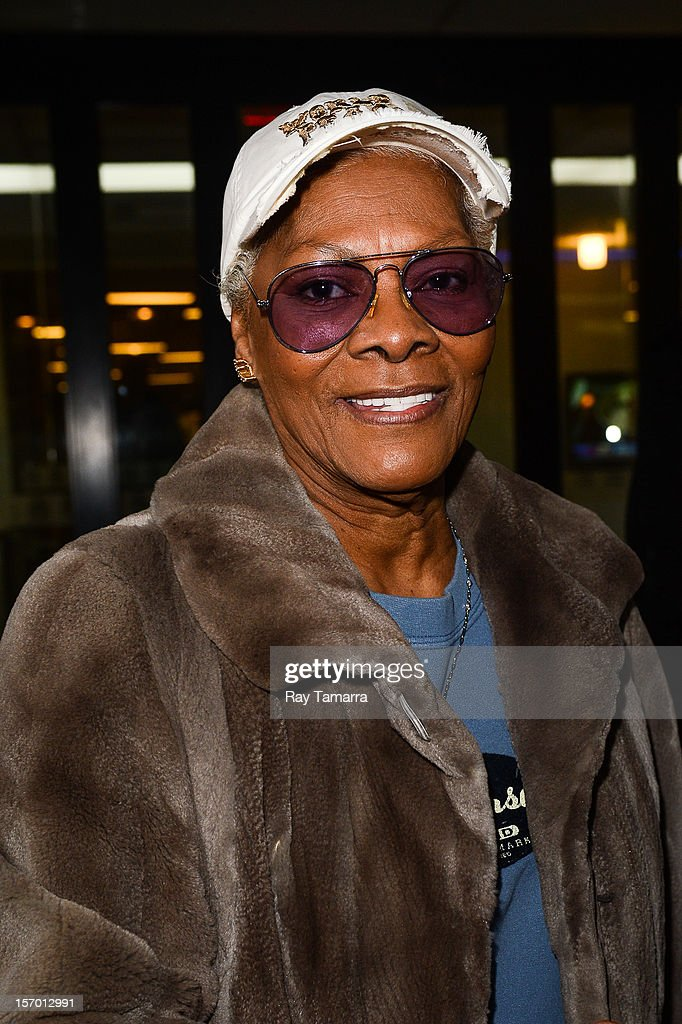 Singer Dionne Warwick leaves the 'Good Day New York' taping at Fox 5 Studios on November 27, 2012 in New York City.