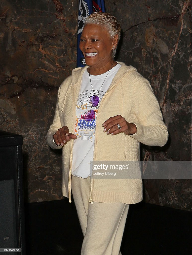 Singer <a gi-track='captionPersonalityLinkClicked' href=/galleries/search?phrase=Dionne+Warwick&family=editorial&specificpeople=213111 ng-click='$event.stopPropagation()'>Dionne Warwick</a> lights the Empire State Building yellow in honor of the 10th annual Project Sunshine gala on April 25, 2013 in New York City.
