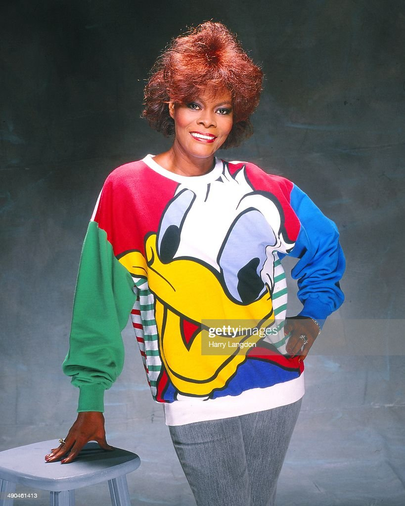 Singer <a gi-track='captionPersonalityLinkClicked' href=/galleries/search?phrase=Dionne+Warwick&family=editorial&specificpeople=213111 ng-click='$event.stopPropagation()'>Dionne Warwick</a> poses for a portrait in 1985 in Los Angeles, California.