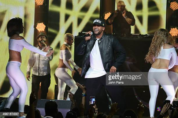 Singer Don Omar performs onstage at iHeartRadio Fiesta Latina presented by Sprint at American Airlines Arena on November 7 2015 in Miami Florida