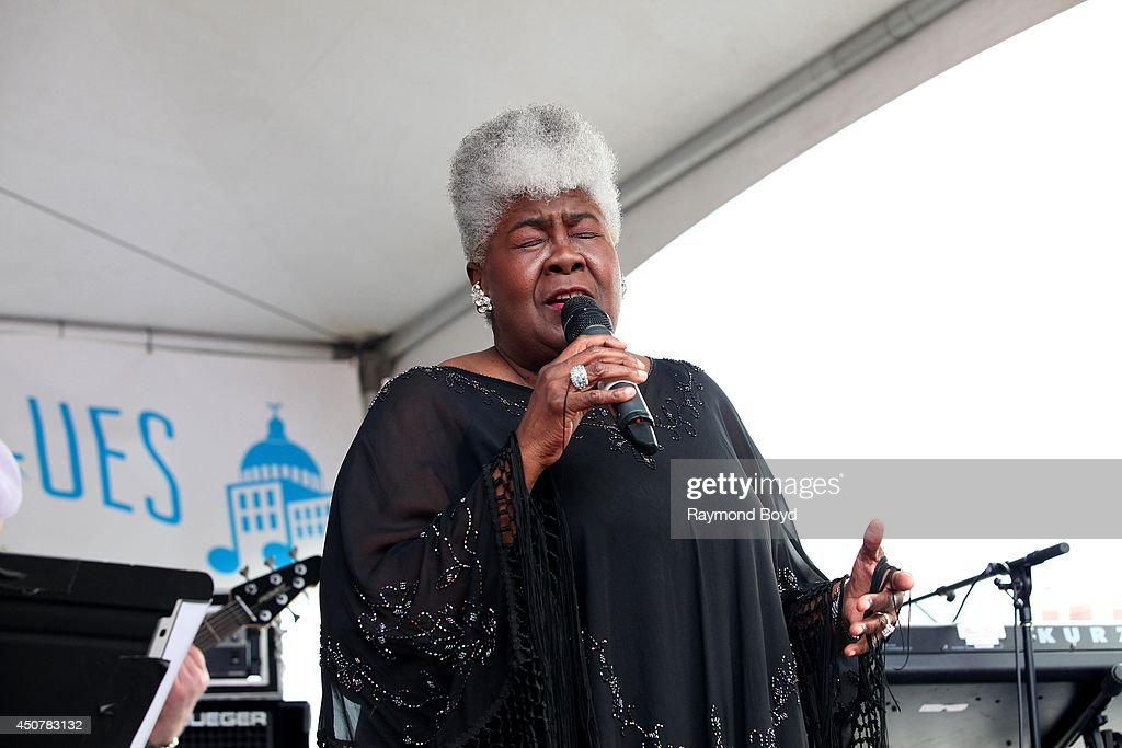 Singer Dorothy Moore performs on the Jackson Mississippi Rhythm and Blues Stage during the 31st Annual Chicago Blues Festival on June 15, 2014 in Chicago, Illinois.