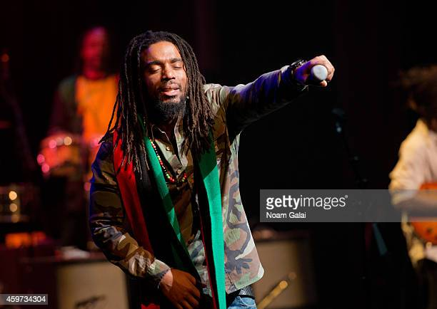 Singer Dwayne Anglin of The Wailers performs during The Wailers 30th Anniversary Performance at The Apollo Theater on November 29 2014 in New York...