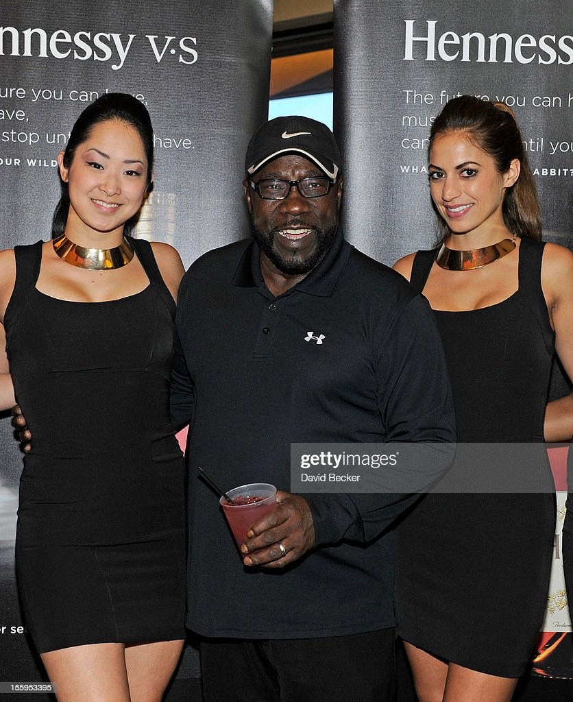 Singer Eddie Levert (C) attends the first annual Soul Train Celebrity Golf Invitational presented by Hennessy at the Las Vegas Paiute Golf Resort on November 9, 2012 in Las Vegas, Nevada.