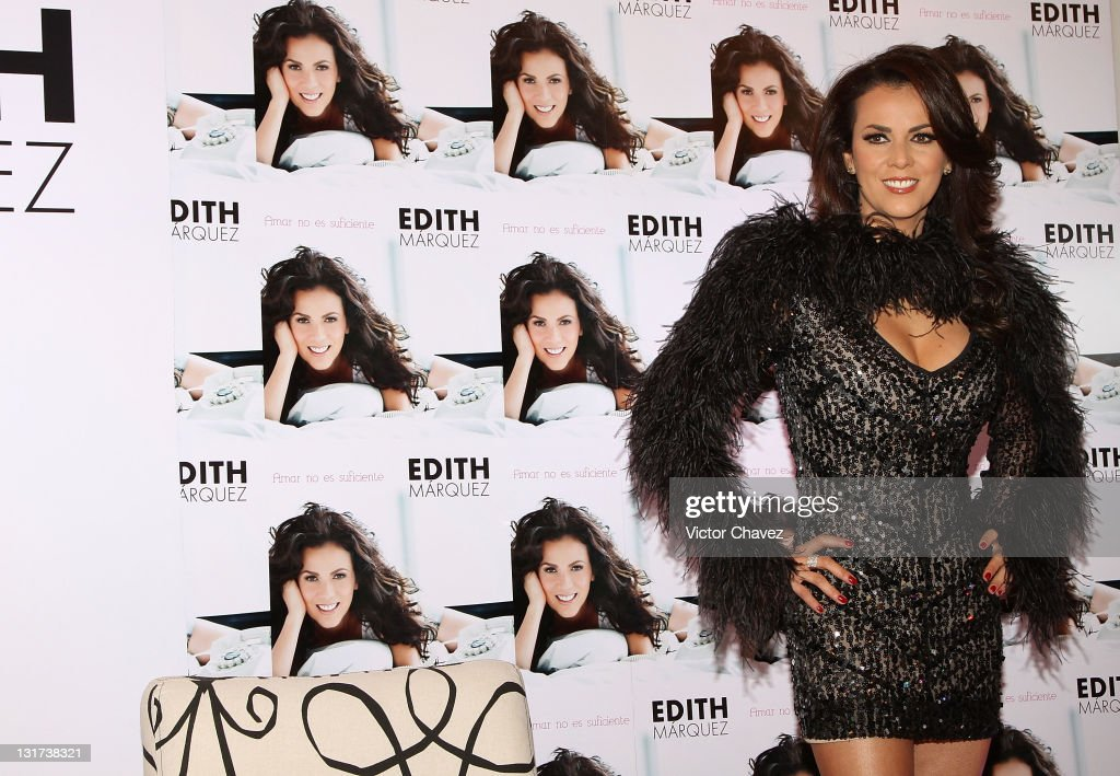 Singer <a gi-track='captionPersonalityLinkClicked' href=/galleries/search?phrase=Edith+Marquez&family=editorial&specificpeople=5971767 ng-click='$event.stopPropagation()'>Edith Marquez</a> attends a press conference to promote her new album 'Amar No Es Suficiente' at the Hotel Nikko Polanco on November 7, 2011 in Mexico City, Mexico.