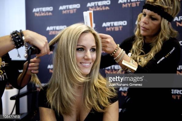Singer Edurne changes her look during a live show at 'Feria Salon Look Internacional de Madrid' on October 15 2010 in Madrid Spain