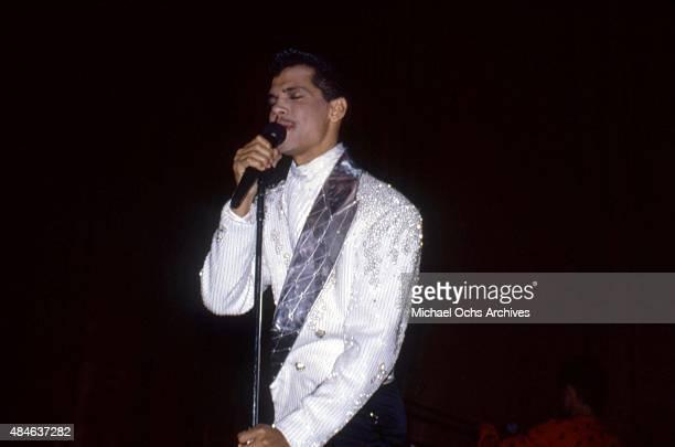 Singer El DeBarge performs onstage in circa 1986