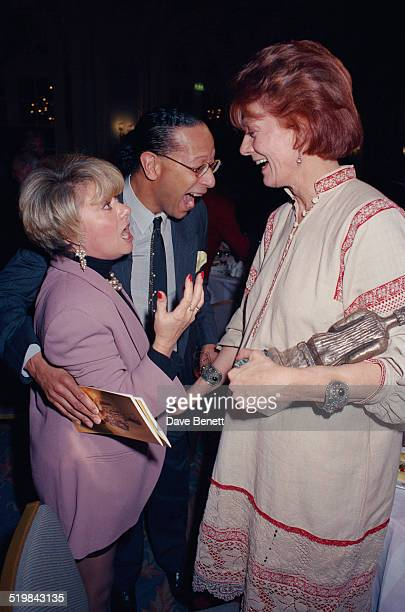 Singer Elaine Paige and actress Vanessa Redgrave at the Evening Standard Theatre Awards held at the Savoy Hotel London 12th November 1991 Redgrave is...