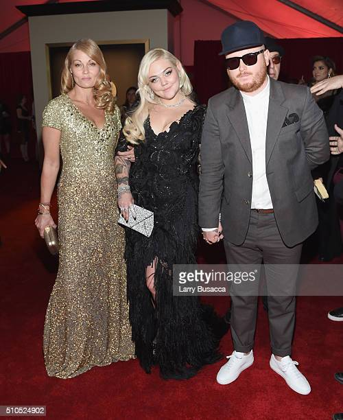 Singer Elle King and guests attend The 58th GRAMMY Awards at Staples Center on February 15 2016 in Los Angeles California