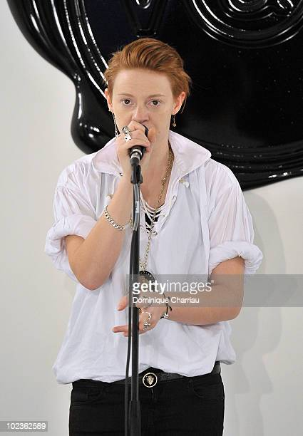 Singer Elly Jackson of 'La Roux' performs during the fashion show 'Vicktor and Rolf' show as part of Paris Menswear Fashion Week Spring/Summer 2011...