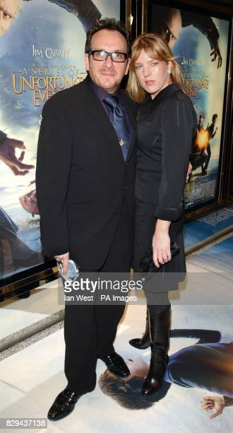 Singer Elvis Costello and his wife Diana Krall