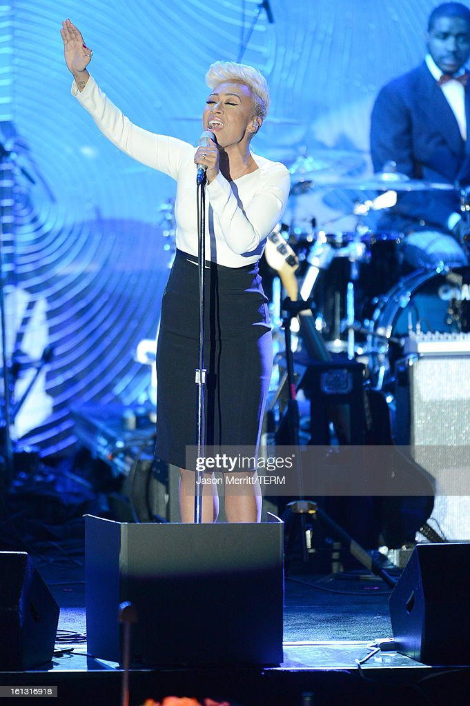 Singer Emeli Sande onstage at the 55th Annual GRAMMY Awards Pre-GRAMMY Gala and Salute to Industry Icons honoring L.A. Reid held at The Beverly Hilton on February 9, 2013 in Los Angeles, California.