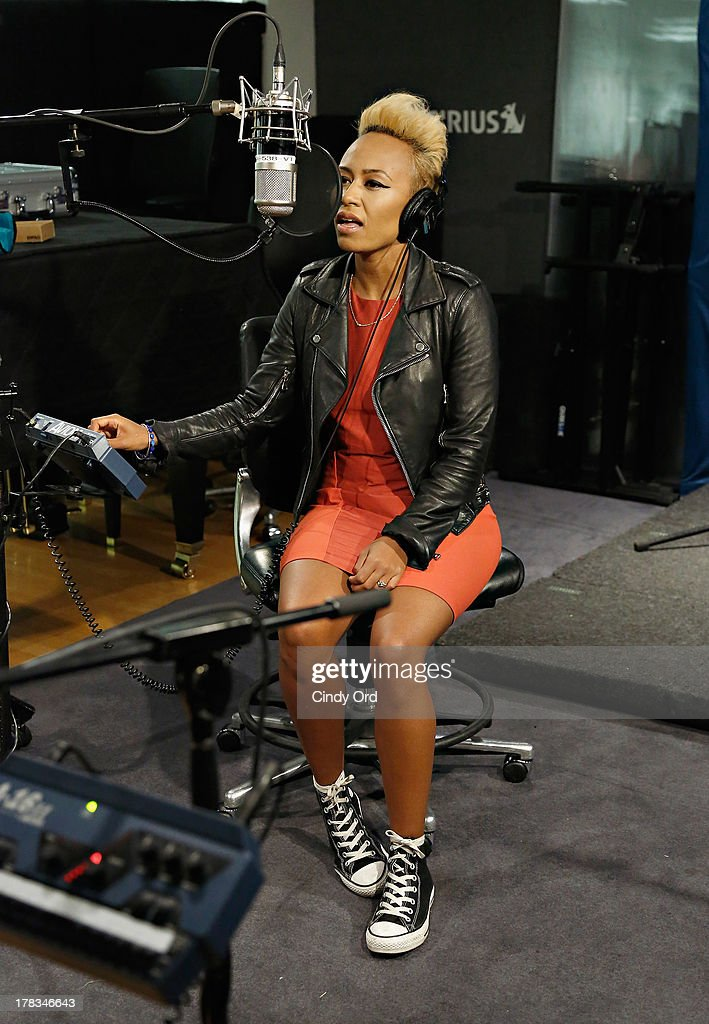 Singer Emeli Sande performs on SiriusXM's Heart & Soul at the SiriusXM Studios on August 29, 2013 in New York City.