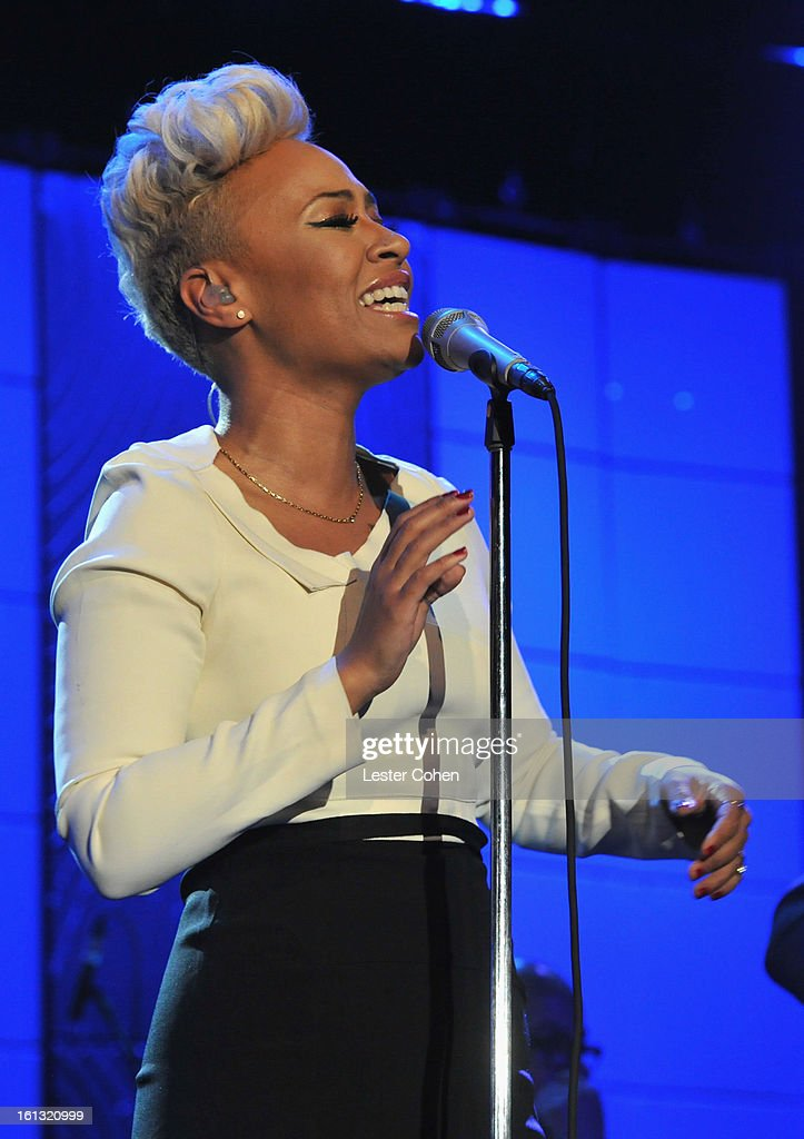 Singer Emeli Sande performs onstage at the 55th Annual GRAMMY Awards Pre-GRAMMY Gala and Salute to Industry Icons honoring L.A. Reid held at The Beverly Hilton on February 9, 2013 in Los Angeles, California.