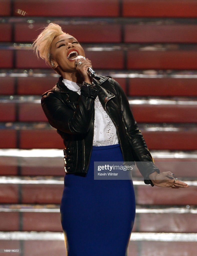 Singer Emeli Sande performs onstage during Fox's 'American Idol 2013' Finale Results Show at Nokia Theatre L.A. Live on May 16, 2013 in Los Angeles, California.
