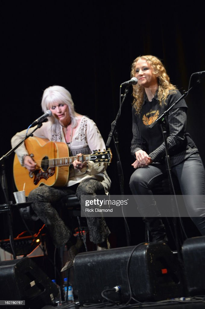 Singer <a gi-track='captionPersonalityLinkClicked' href=/galleries/search?phrase=Emmylou+Harris&family=editorial&specificpeople=240263 ng-click='$event.stopPropagation()'>Emmylou Harris</a> and singer <a gi-track='captionPersonalityLinkClicked' href=/galleries/search?phrase=Joan+Osborne&family=editorial&specificpeople=984585 ng-click='$event.stopPropagation()'>Joan Osborne</a> perform during the All For the Hall New York concert benefiting the Country Music Hall of Fame at Best Buy Theater on February 26, 2013 in New York City.