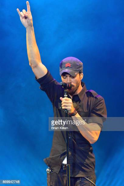 Singer Enrique Iglesias performs at Prudential Center on October 10 2017 in Newark New Jersey