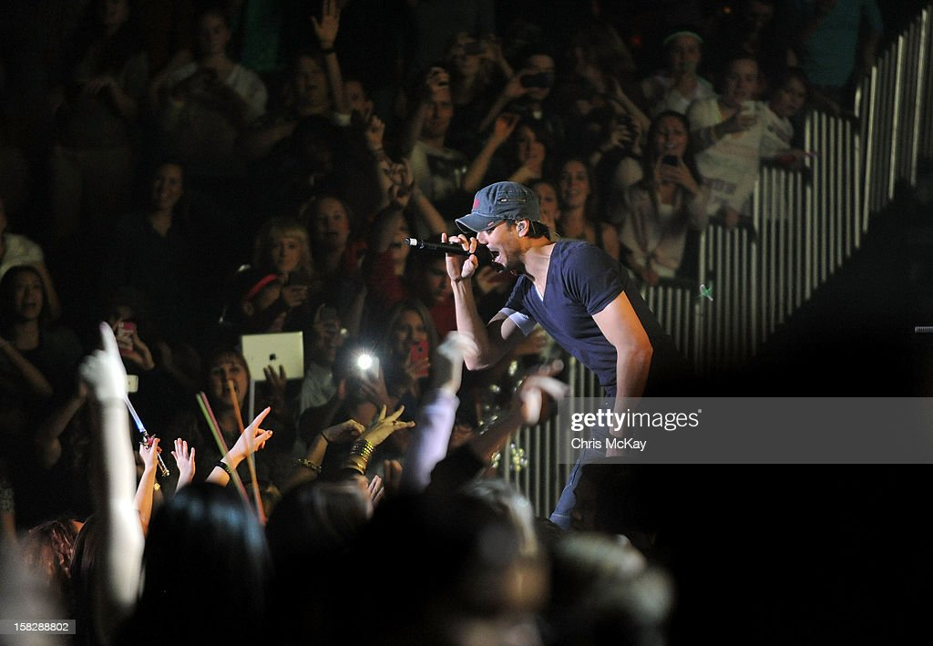 Singer Enrique Iglesias performs onstage during Power 96.1's Jingle Ball 2012 at the Philips Arena on December 12, 2012 in Atlanta.