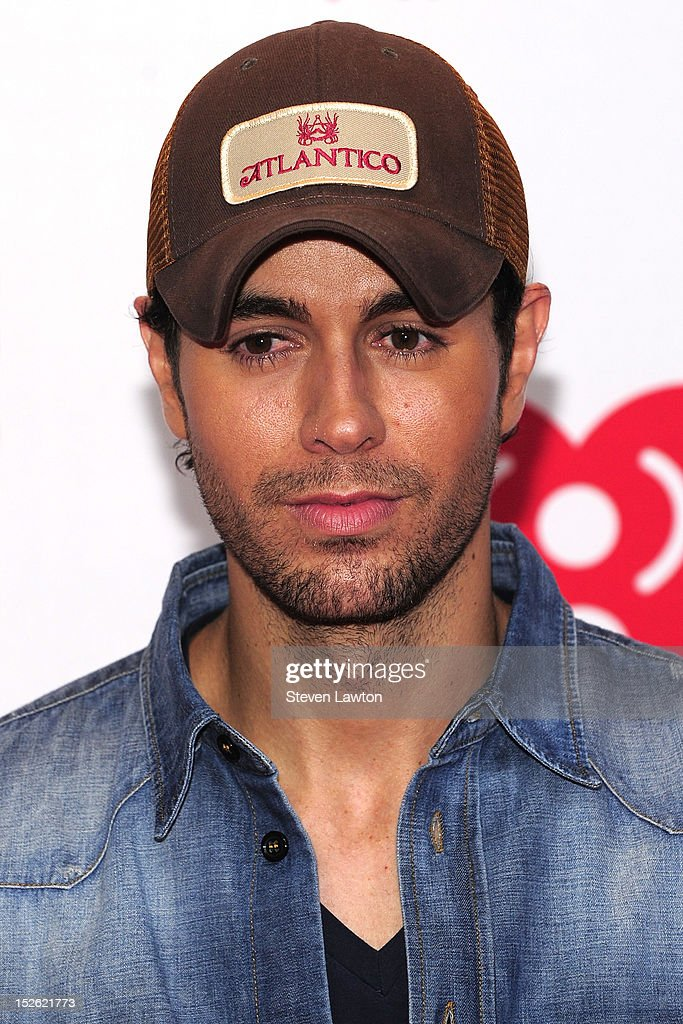 Singer Enrique Iglesias poses in the press room at the iHeartRadio Music Festival at the MGM Grand Garden Arena September 21, 2012 in Las Vegas, Nevada.