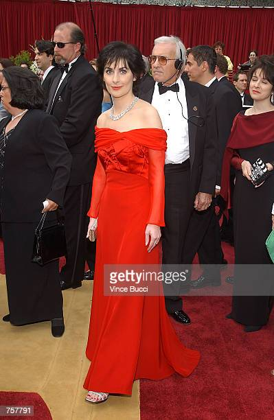 Singer Enya attends the 74th Annual Academy Awards at The Kodak Theater March 24 2002 in Hollywood CA