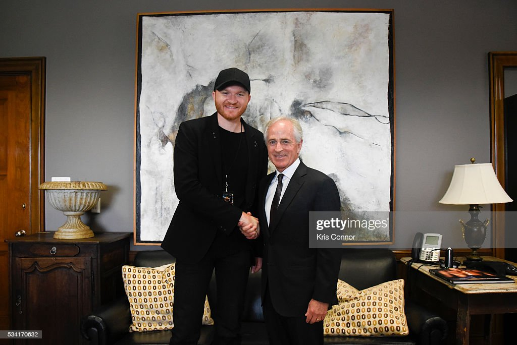 Singer <a gi-track='captionPersonalityLinkClicked' href=/galleries/search?phrase=Eric+Paslay&family=editorial&specificpeople=7334593 ng-click='$event.stopPropagation()'>Eric Paslay</a> with other members of NAMM (National Association of Music Merchants) meet with Sen. <a gi-track='captionPersonalityLinkClicked' href=/galleries/search?phrase=Bob+Corker&family=editorial&specificpeople=3986296 ng-click='$event.stopPropagation()'>Bob Corker</a> (R-TN) during the NAMM, CMA (Country Music Association) and VH1 Music Advocacy Day in the US Capitol on May 25, 2016 in Washington DC.