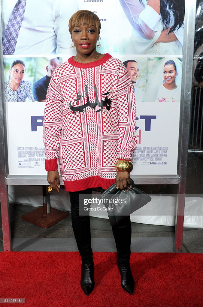 Singer <a gi-track='captionPersonalityLinkClicked' href=/galleries/search?phrase=Estelle+-+Singer&family=editorial&specificpeople=206205 ng-click='$event.stopPropagation()'>Estelle</a> arrives at the premiere of Lionsgate's 'The Perfect Match' at ArcLight Hollywood on March 7, 2016 in Hollywood, California.