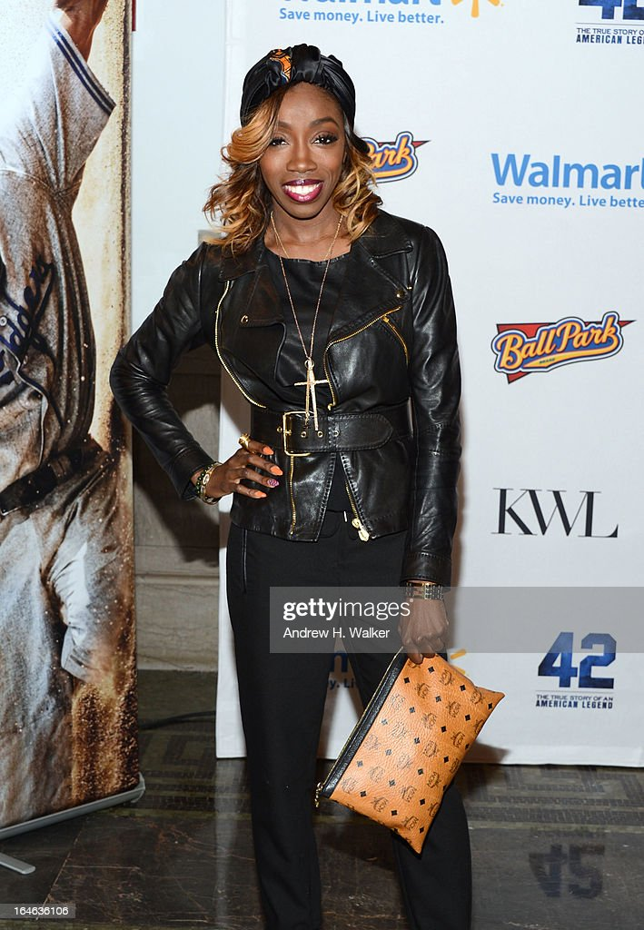 Singer Estelle attends the '42' event honoring Jackie Robinson at the Brooklyn Academy of Music on March 25, 2013 in New York City.