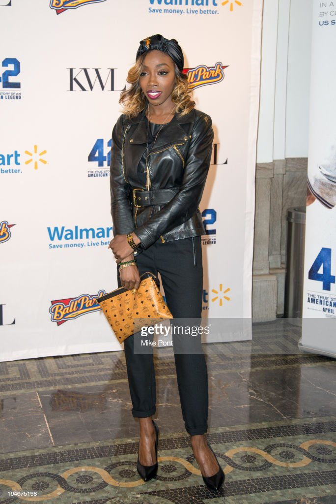 Singer <a gi-track='captionPersonalityLinkClicked' href=/galleries/search?phrase=Estelle+-+Singer&family=editorial&specificpeople=206205 ng-click='$event.stopPropagation()'>Estelle</a> attends the '42' event honoring the legacy of Jackie Robinson at the Brooklyn Academy of Music on March 25, 2013 in New York City.
