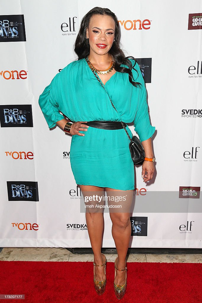 Singer <a gi-track='captionPersonalityLinkClicked' href=/galleries/search?phrase=Faith+Evans&family=editorial&specificpeople=203286 ng-click='$event.stopPropagation()'>Faith Evans</a> attends the series premiere of TV One's 'R&B Divas LA' at The London Hotel on July 9, 2013 in West Hollywood, California.