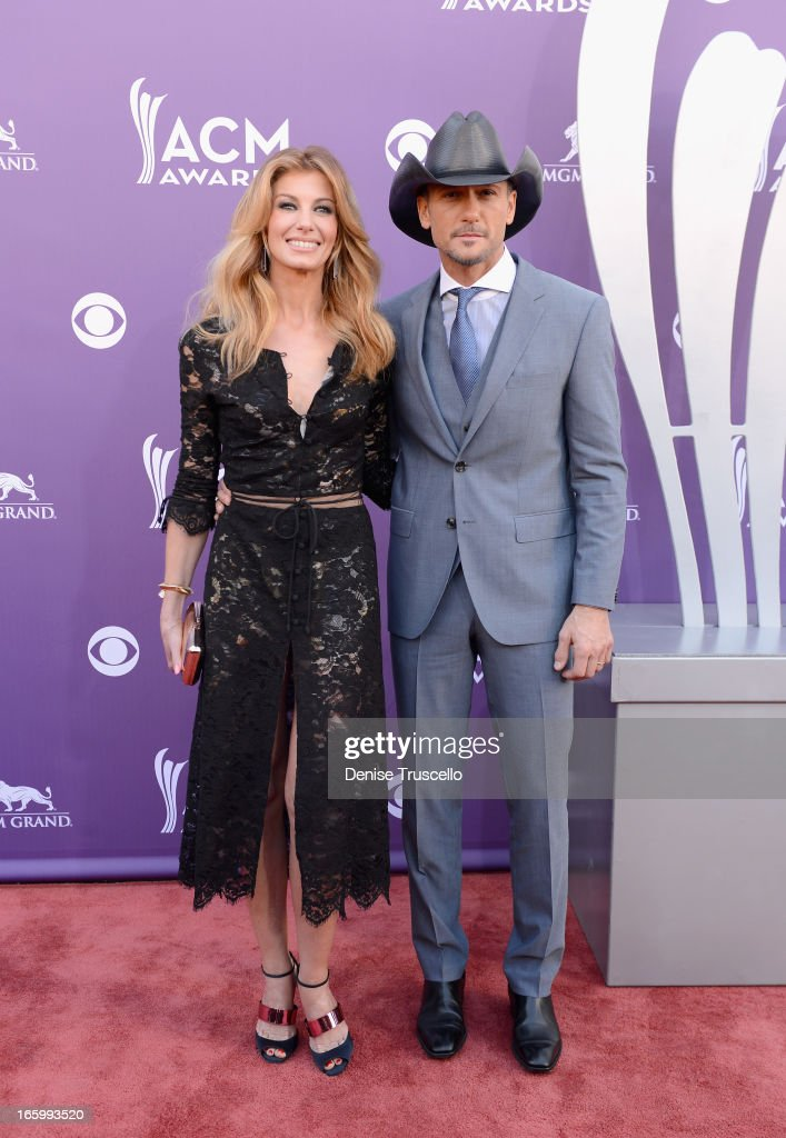 Singer Faith Hill (L) and Singer/songwriter Garth Brooks arrive at the 48th Annual Academy of Country Music Awards at the MGM Grand Garden Arena on April 7, 2013 in Las Vegas, Nevada.