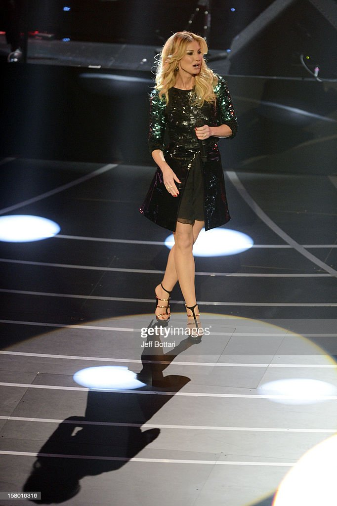 Singer Faith Hill performs during the opening weekend of her limited-engagement 'Soul2Soul' show with her husband, singer/songwriter Tim McGraw, at The Venetian on December 8, 2012 in Las Vegas, Nevada. The country music couple is scheduled to perform on 10 weekends through April 2013.