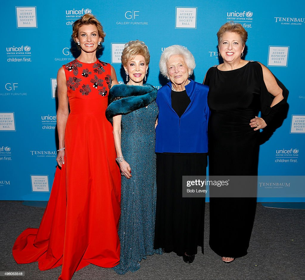 Singer Faith Hill presenter Margaret Alkek Williams honoree Barbara Bush and President CEO US Fund for UNICEF Caryl Stern attend the UNICEF Audrey...