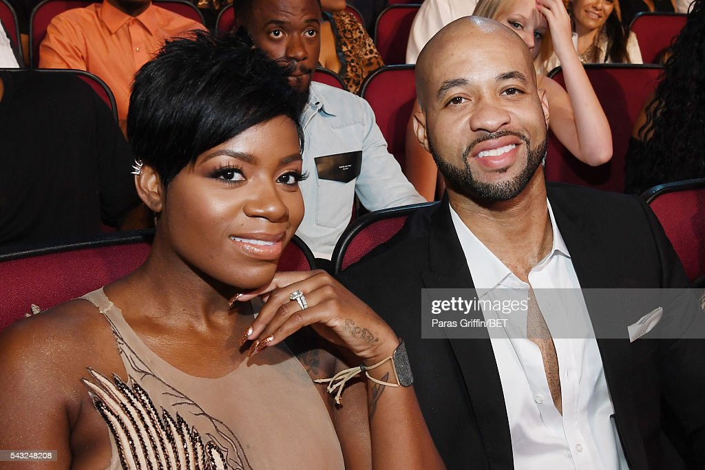 Singer <a gi-track='captionPersonalityLinkClicked' href=/galleries/search?phrase=Fantasia+Barrino&family=editorial&specificpeople=171386 ng-click='$event.stopPropagation()'>Fantasia Barrino</a> (L) and guest attend the 2016 BET Awards at the Microsoft Theater on June 26, 2016 in Los Angeles, California.