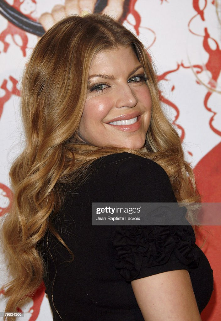 Singer Fergie arrives at Macy's at the South Coast Plaza on December 8, 2007 in Costa Mesa, California.