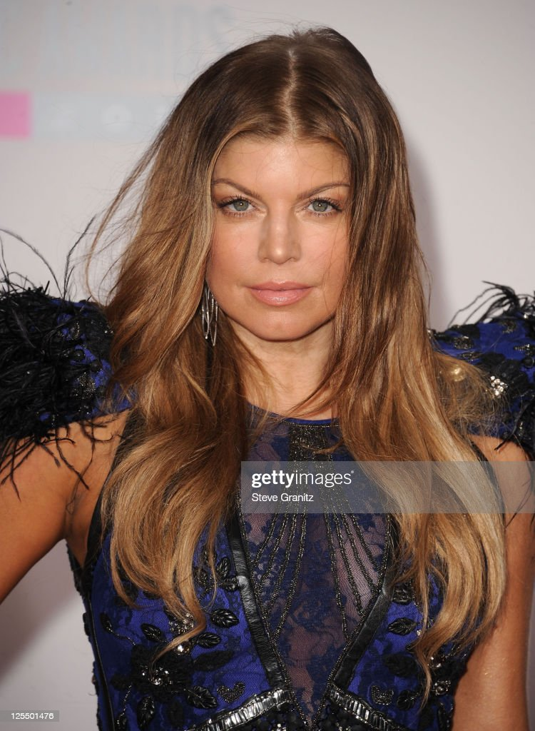 american music awards arrivals getty images