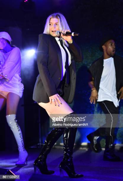 Singer Fergie performs onstage at the amfAR Gala 2017 at Ron Burkle's Green Acres Estate on October 13 2017 in Beverly Hills California