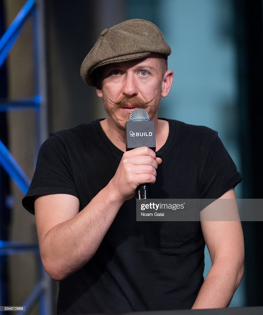 Singer <a gi-track='captionPersonalityLinkClicked' href=/galleries/search?phrase=Foy+Vance&family=editorial&specificpeople=2079714 ng-click='$event.stopPropagation()'>Foy Vance</a> visits AOL Build to discuss his new album 'The Wild Swan' at AOL Studios In New York on May 24, 2016 in New York City.
