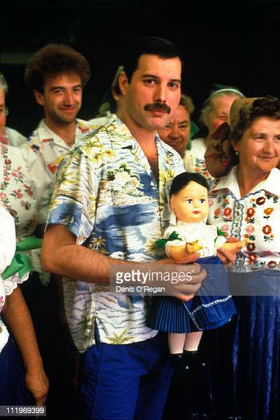 Singer Freddie Mercury and bassist John Deacon of British rock group Queen in Budapest 1986