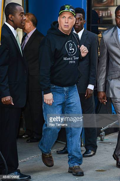 Singer Garth Brooks leaves the 'Good Morning America' taping at the ABC Times Square Studios on September 4 2014 in New York City