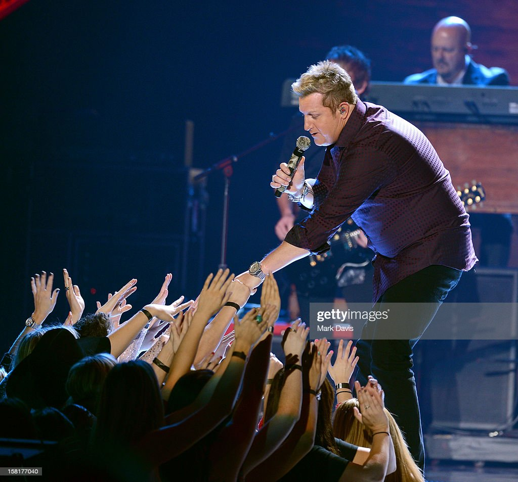Singer Gary LeVox of Rascal Flatts performs onstage during the 2012 American Country Awards at the Mandalay Bay Events Center on December 10, 2012 in Las Vegas, Nevada.