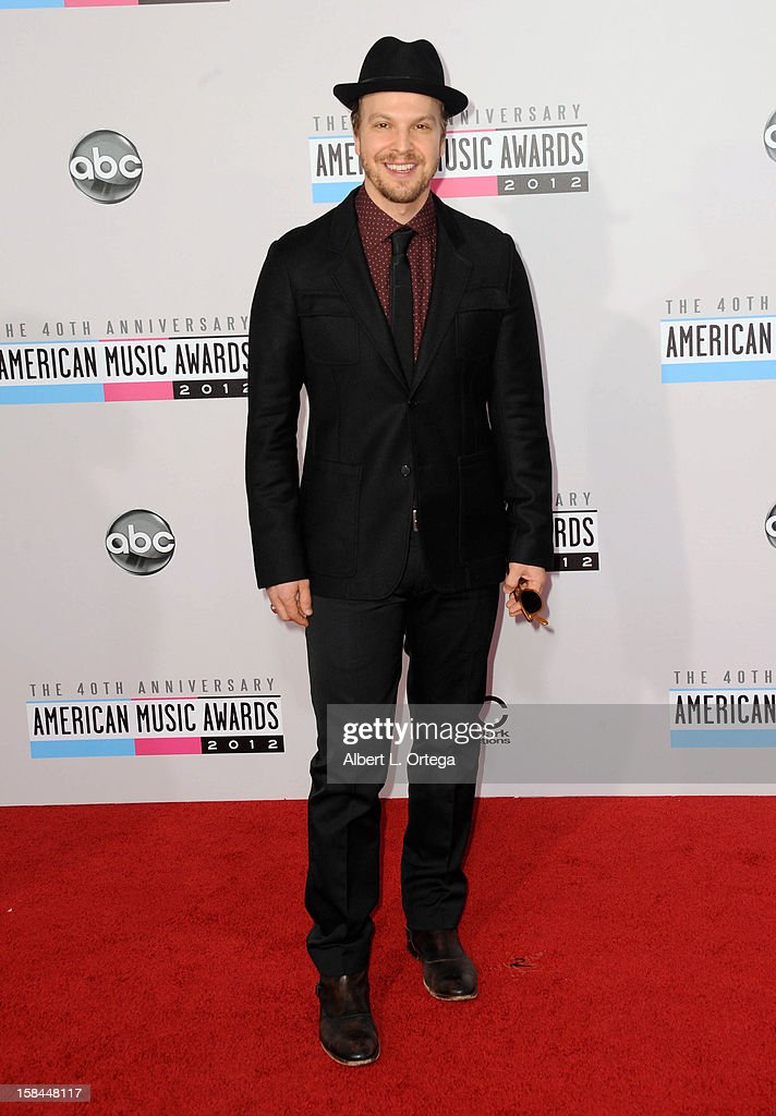Singer Gavin DeGraw arrives for the 40th Anniversary American Music Awards - Arrivals held at Nokia Theater L.A. Live on November 18, 2012 in Los Angeles, California.
