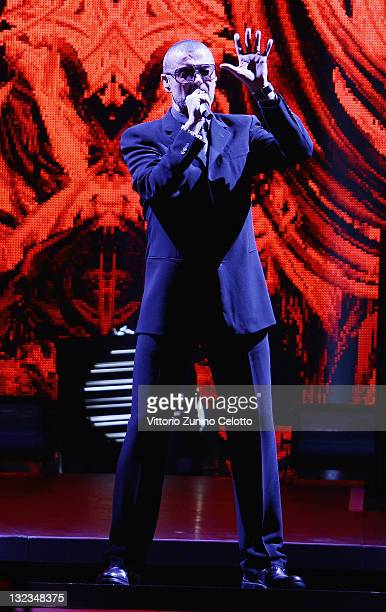 Singer George Michael performs at Mediolanum Forum on November 11 2011 in Milan Italy