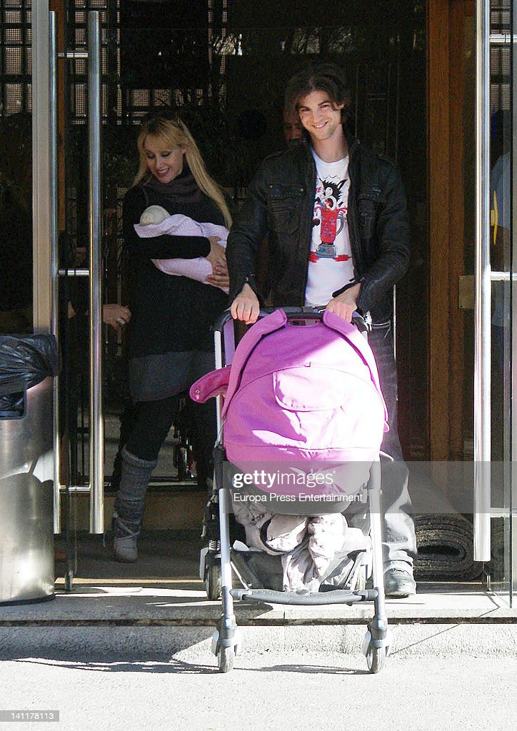 Singer Geraldine Larrosa 'Inocence' and actor Sergio Arce present their newborn daughter Scarlet on March 9, 2012 in Madrid, Spain. Scarlet Arce was born on March 7, 2012.